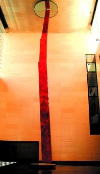 Columna Infinita en el Lobby del edificio
