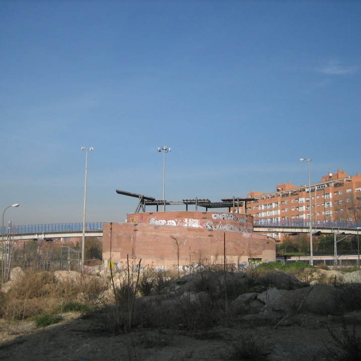 Prótesis y Zigurat, Anto Rabzas, 1996